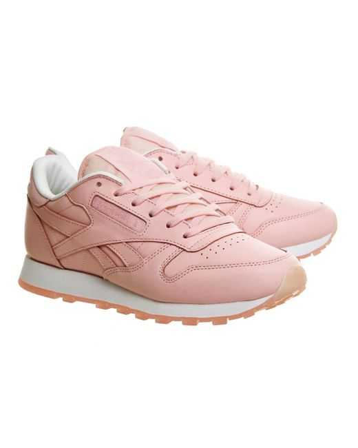 reebok classic leather trainers in pink lyst. Black Bedroom Furniture Sets. Home Design Ideas