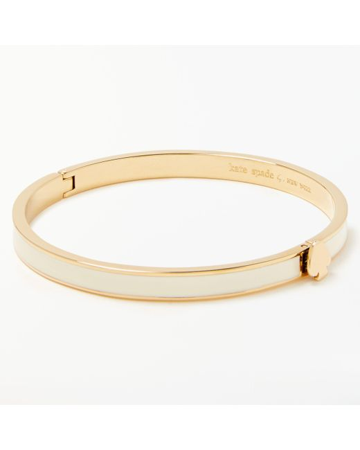 Kate Spade - Metallic Thin Enamel Heart Charm Hinge Bangle - Lyst