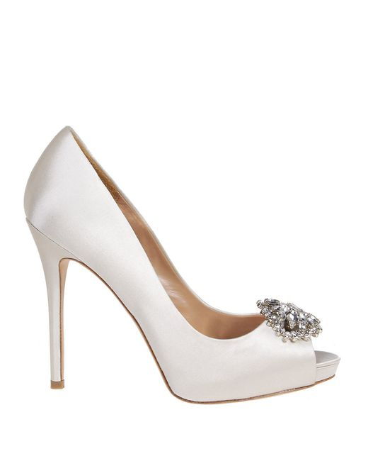 Badgley Mischka | White Jeannie Embellished Pumps | Lyst