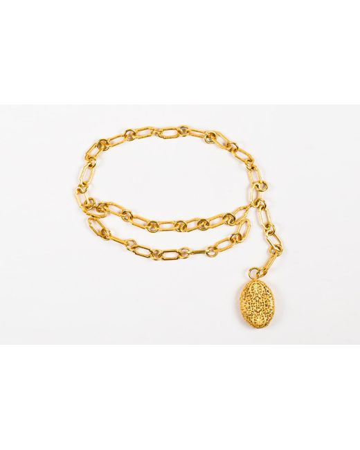 Chanel - Metallic Limited Edition Rare Gold Metal Chain Link Oval Filigree Belt/necklace - Lyst