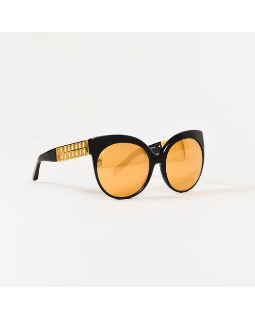 16326fb36874 Lyst - Linda Farrow Black   Mirrored Gold Lenses Cat Eye Sunglasses ...