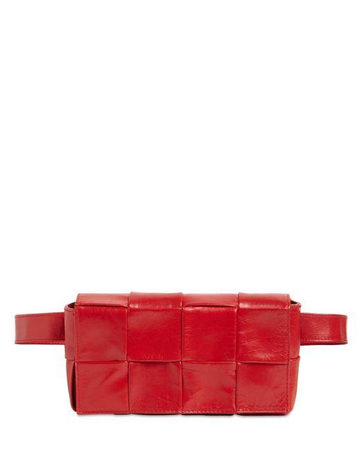 Кожаная Сумка Cassette Intreccio Bottega Veneta для него, цвет: Red