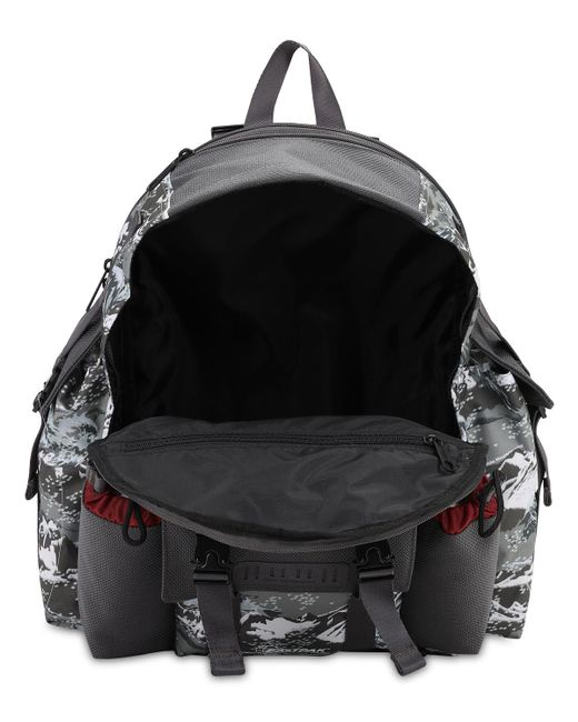 Eastpak Mountaineeringナイロンバックパック Gray