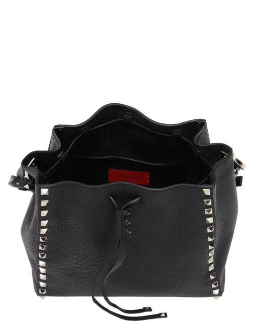Valentino Garavani Rockstud グレインレザーバケットバッグ Black