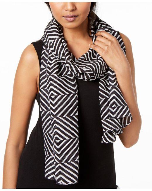 Eileen Fisher - Black Organic Cotton Geo-print Scarf - Lyst