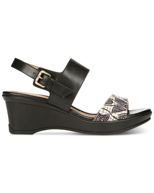 Buy Naturalizer Women's Danya Dress Sandal and other Heeled Sandals at yocofarudipumu.cf Our wide selection is eligible for free shipping and free returns.