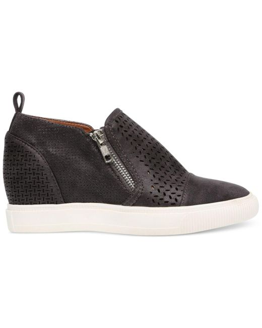DV by Dolce Vita Krissa Perforated