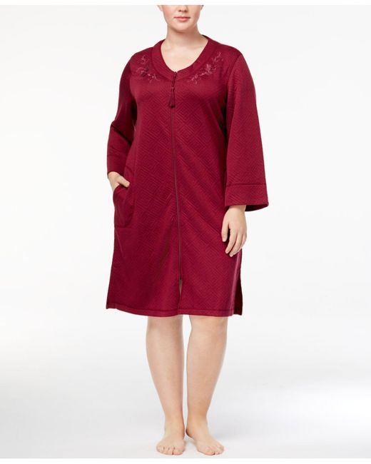 Miss Elaine | Plus Size Textured Embroidered Robe | Lyst