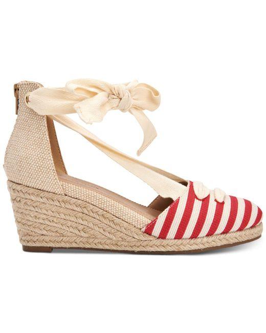 330aef4dcefa ... Lyst Charter Club - Multicolor Maritzaa Wedge Sandals
