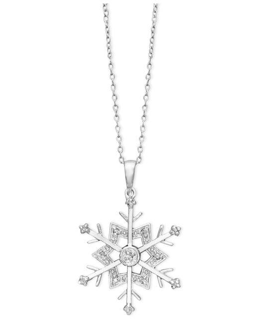 Macy's   Metallic Diamond Snowflake Pendant Necklace In Sterling Silver(1/10 Ct. T.w.)   Lyst