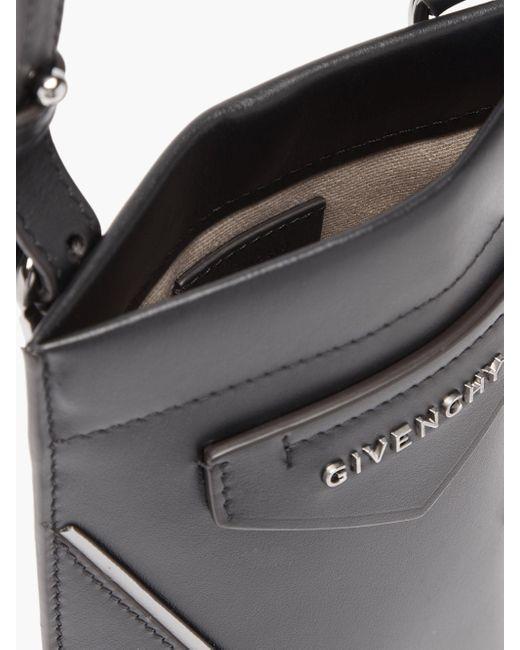 メンズ Givenchy アンティゴナ レザーフォンポーチ Black