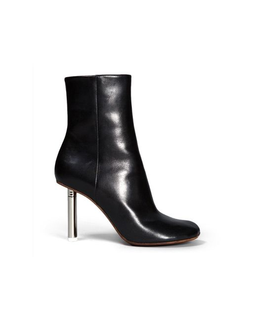 a88280d9d Lyst - Vetements Black Leather Ankle Boots in Black