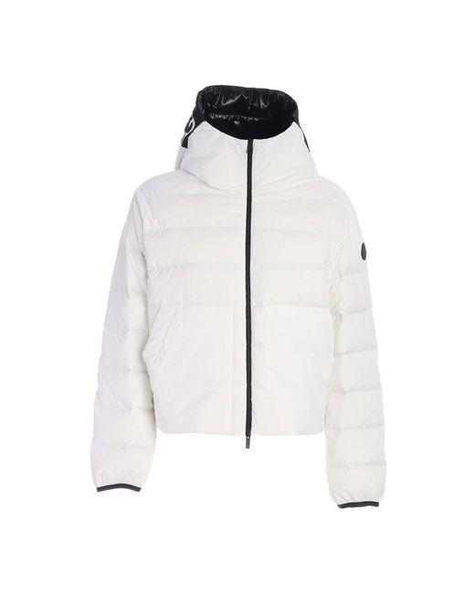 Anwar Jacket di Moncler in White