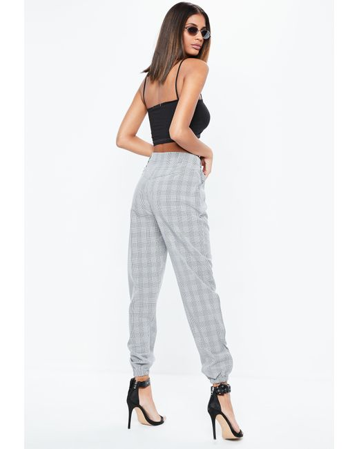 62e2427bea233 ... Missguided - Gray Plaid Chain Detail Cargo Pants - Lyst ...