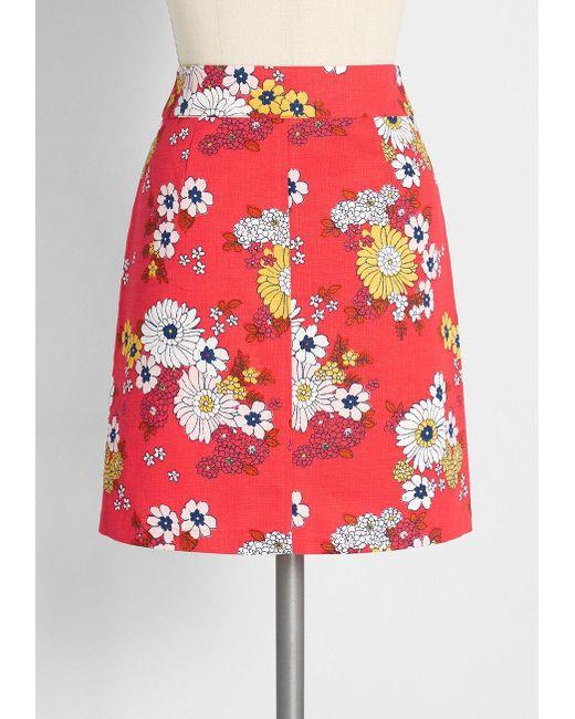 Modcloth mini skirts Modcloth Cotton Sweet Daisy Jane Mini Skirt In Red Lyst