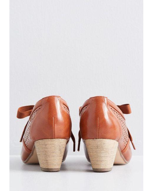 08161816dda Women's Brown Icon Of Acumen Oxford Heel