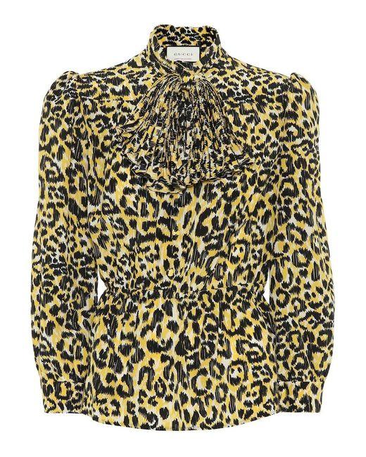 Blusa a stampa leopardo in seta di Gucci in Multicolor