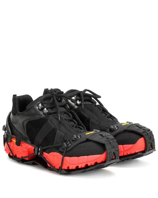 1017 ALYX 9SM Zapatillas Low Hiking Boot de mujer de color negro
