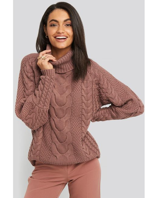 NA-KD High Neck Cable Knitted Ribbed Sleeve Sweater in het Pink