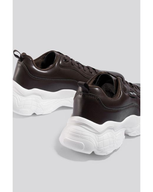 NA-KD Flag Logo Chunky Trainers in het Brown