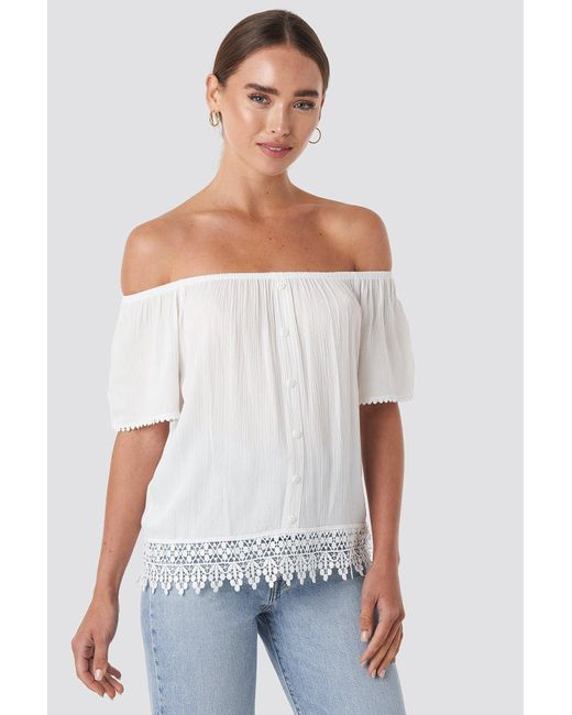Trendyol White Bora Off Shoulder Top