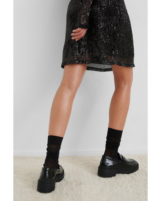 Sequin Round Neck Mini Dress NA-KD en coloris Black