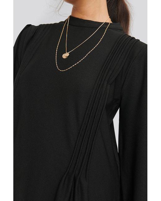 NA-KD Stitch Detail Dress in het Black