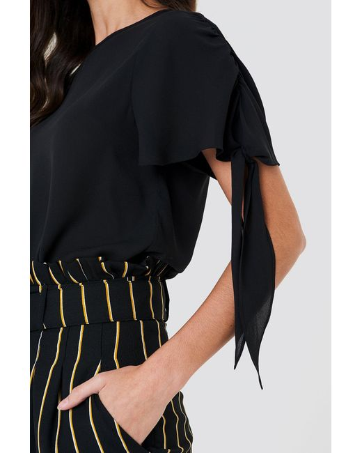 NA-KD Tie Sleeve Blouse Black