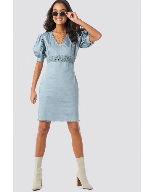 NA-KD V-neck Crochet Detail Dress in het Blue