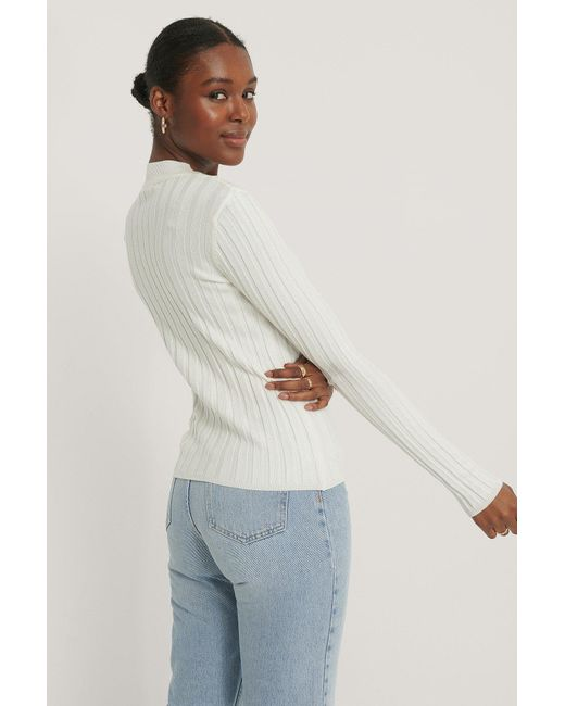 NA-KD Ribbed High Neck Knitted Sweater in het White