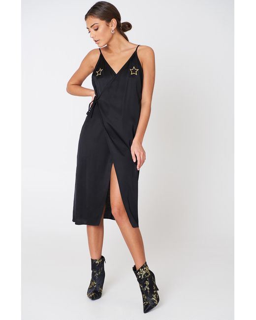 NA-KD Star Embroidery Wrap Over Dress Black