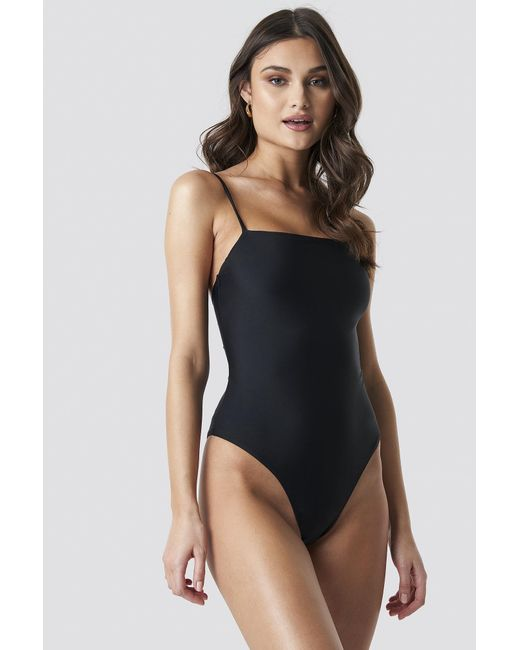 NA-KD Lacing Open Back Swimsuit in het Black