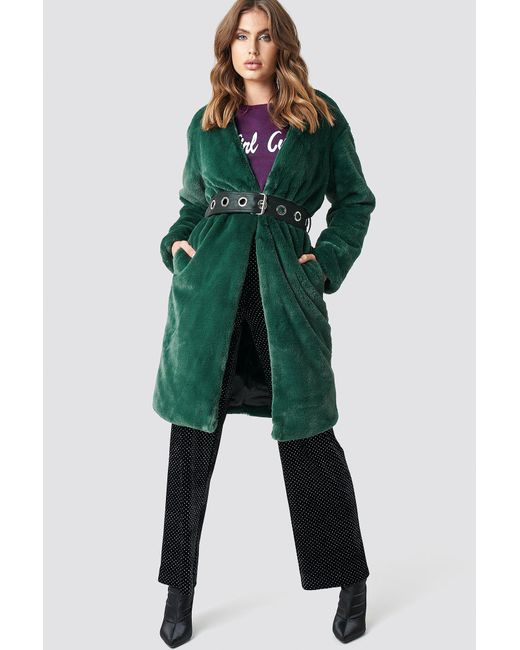 c02770e6ea5d NA-KD Big Fluffy Belted Coat Green in Green - Lyst