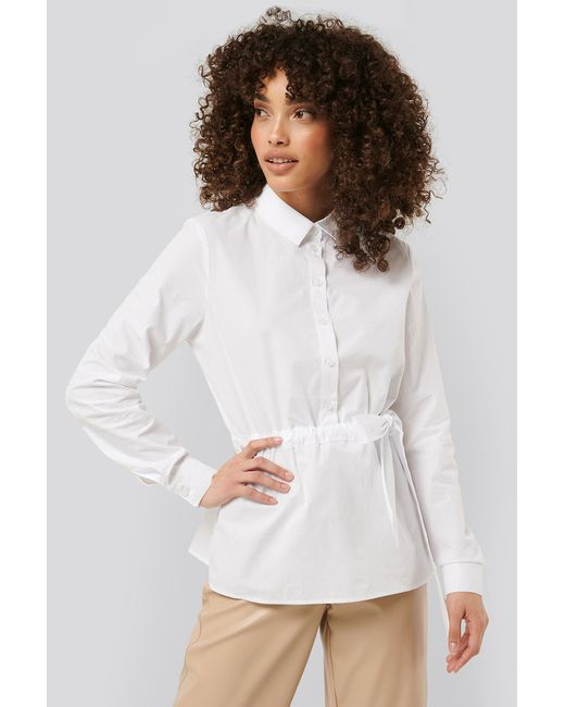NA-KD Belted Shirt in het White