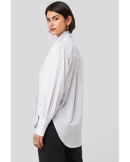 NA-KD Striped Tie Knot Shirt in het White