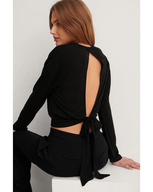 NA-KD Black Recycelt Top Mit Lockerem Knotendetail Am Rücken