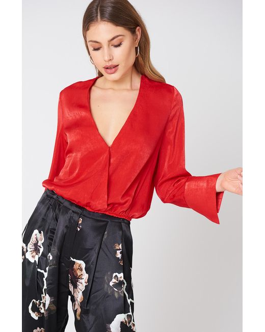 NA-KD Wrap Satin Top Red