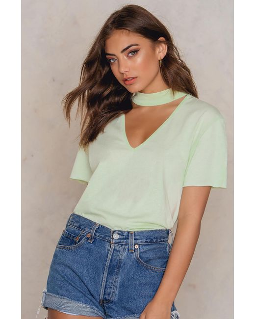 NA-KD - V Cut Out Tee Light Fizzy Green - Lyst