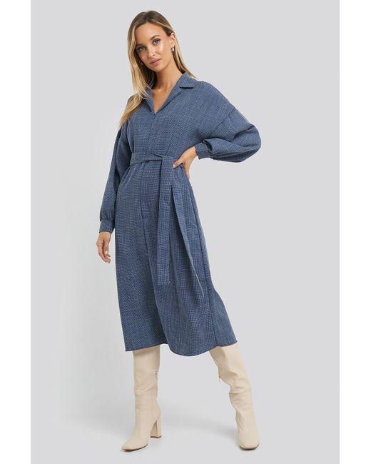 Trendyol Belted Zipper Detail Midi Dress in het Blue