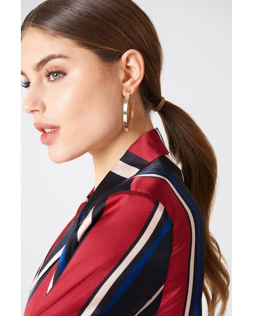 NA-KD - Metallic Structured V-shaped Drop Earrings - Lyst