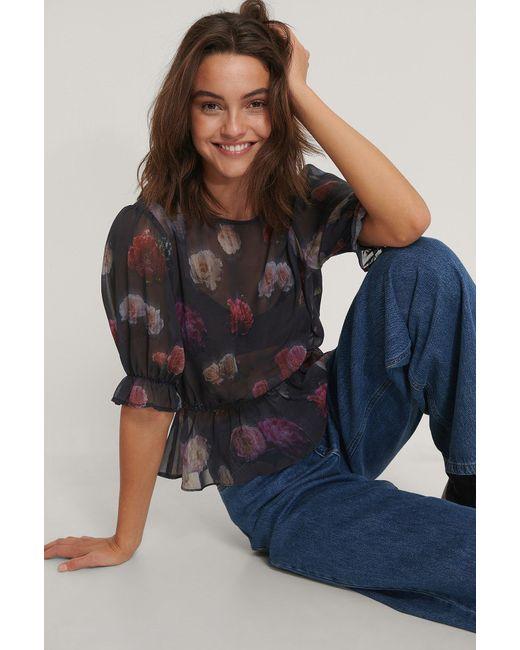 NA-KD Black Trend Kurzärmelige Chiffon-Bluse Mit Blumenmuster