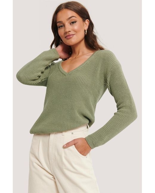 NA-KD Green Deep Front V-neck Knitted Sweater