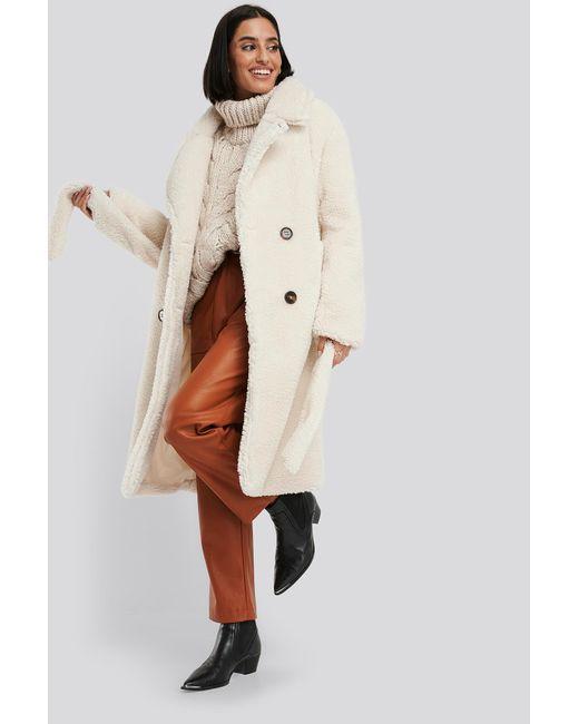 NA-KD Belted Long Teddy Coat in het White
