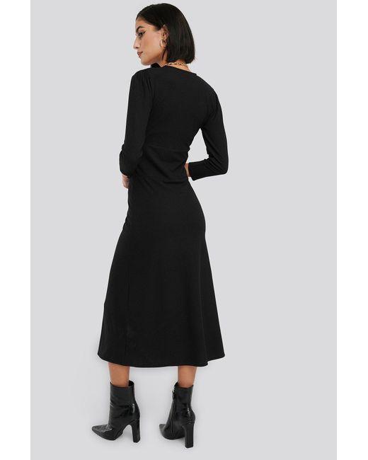 NA-KD Black Deep V Waist Detail Dress