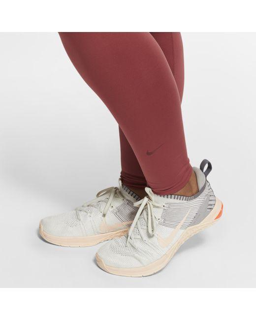 Grande Taille Nike en coloris Red