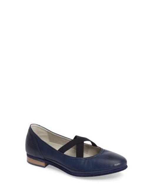 Cloud | Blue Ballet Strappy Flat | Lyst