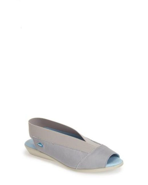 Cloud | Blue 'Caliber' Peep Toe Leather Flat | Lyst