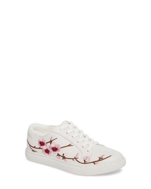 Kenneth Cole | White Kam Blossom Embroidered Sneaker | Lyst