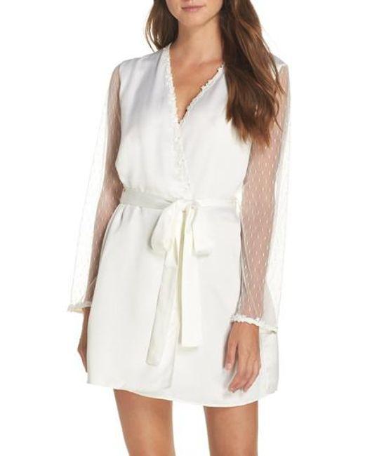 Flora Nikrooz | White Showstopper Robe | Lyst