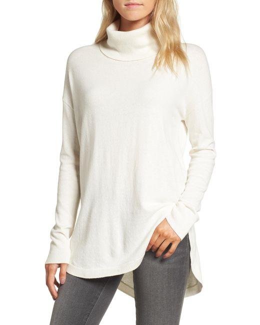 Chelsea28 Natural Turtleneck Sweater